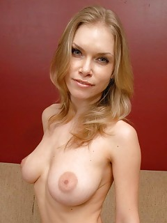 Mature Blonde Pics